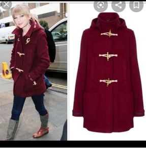 Taylor Swift toggle front hooded red coat XL